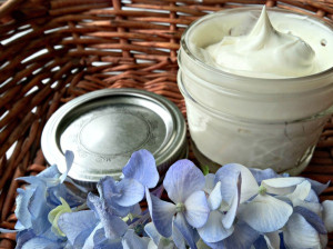 Shea-Butter-Oil-Shaving-Cream
