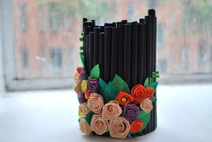 10 ways to re use waste paper for Decorative things from waste