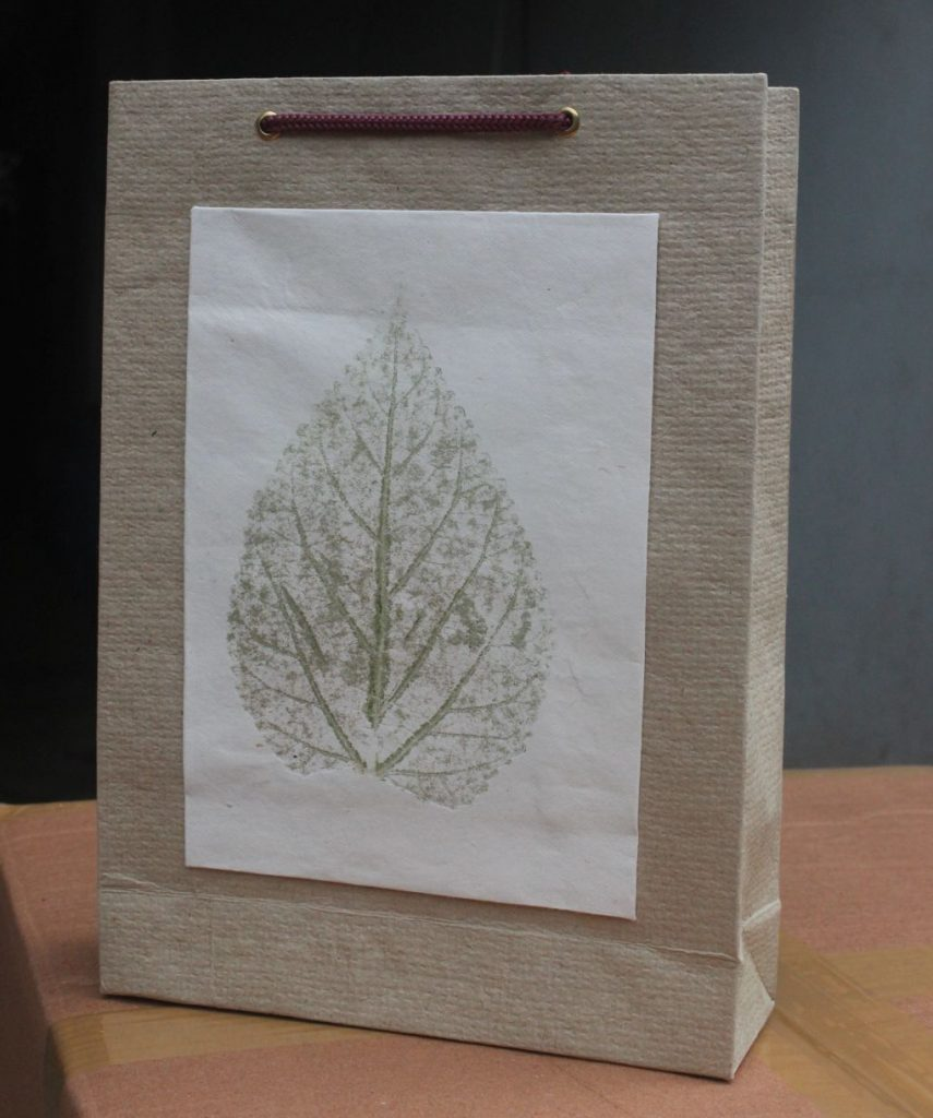 paper-bghandmade-leafprint-paperbag