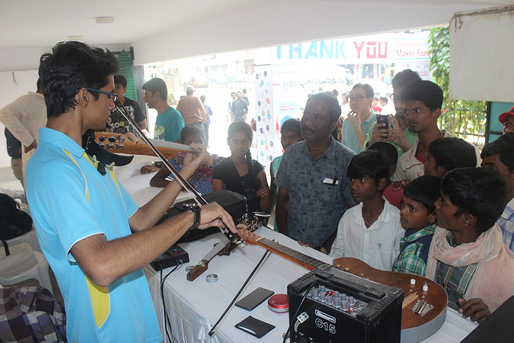 Bengaluru-mini-maker-faire-reverb-instruments